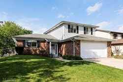 6644 Wheatfield Street, Woodridge