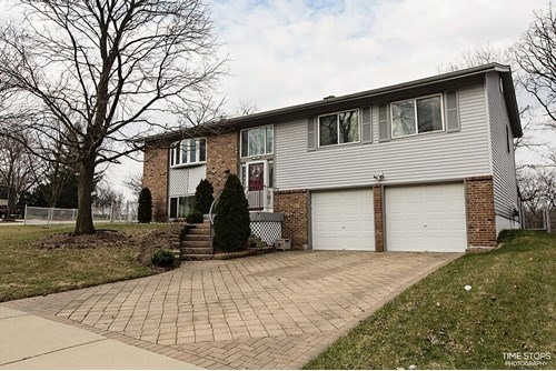 623 Ashbury Lane, Bolingbrook